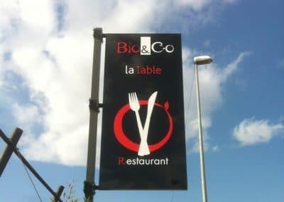 ENSEIGNE DRAPEAU BIO & CO LA TABLE