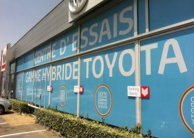 Decoration vitrine Toyota